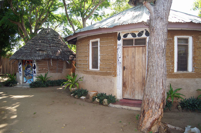 Guesthouse-huts2